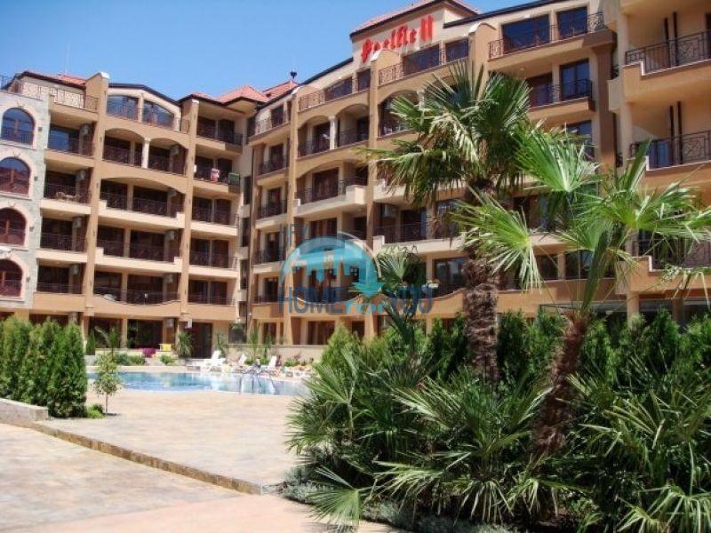 Двухкомнатный полностью меблированный апартамент по выгодной цене в уютном жилом комплексе «Pacific II», курорт Солнечный Берег