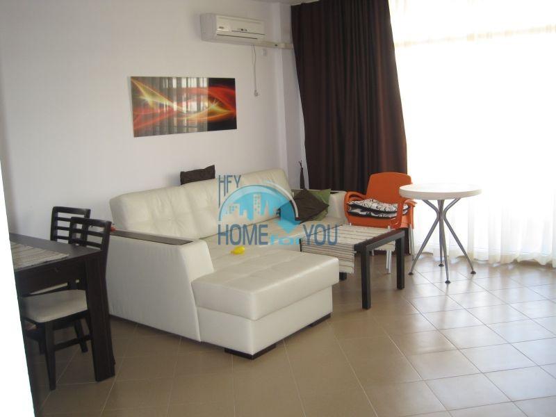 Двухкомнатная квартира по доступной цене на курорте Солнечный берег  7