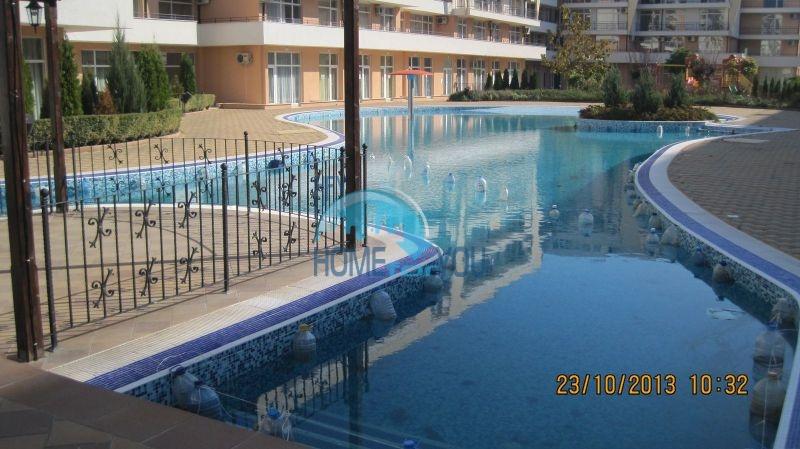 Двухкомнатная квартира по доступной цене на курорте Солнечный берег  5
