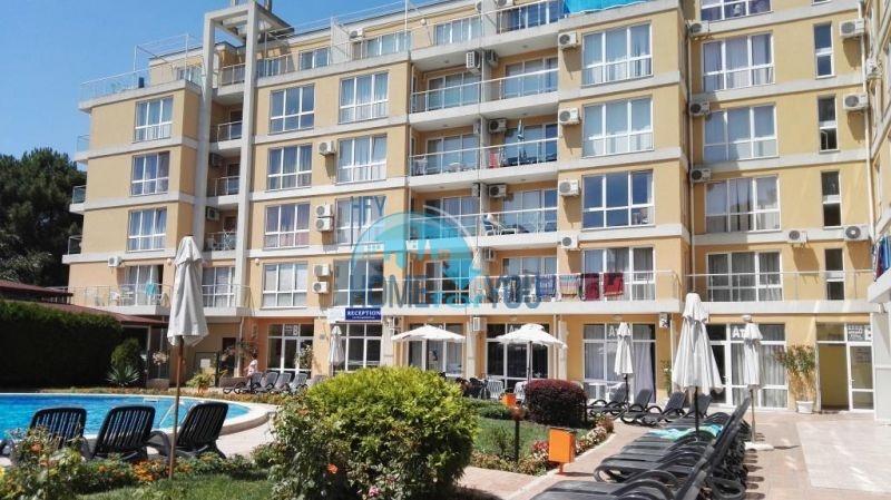 Двухкомнатная квартира по доступной цене на Солнечном берегу для ПМЖ