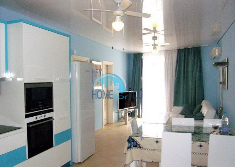 Трехкомнатная квартира с мебельюна курорте Солнечный берег