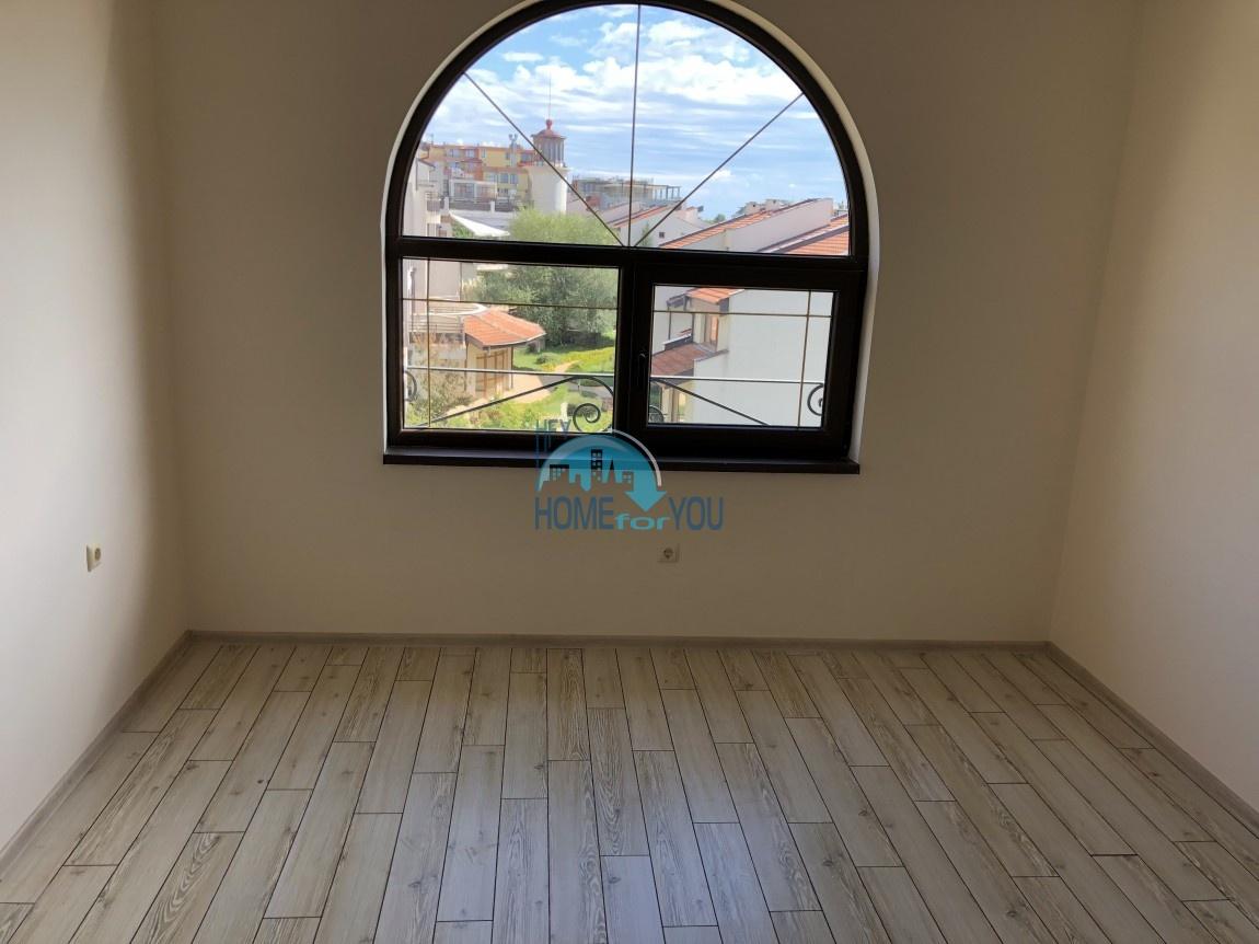 Двухкомнатная квартира с панорамным видом на море в комплексе Артур, Святой Влас 2