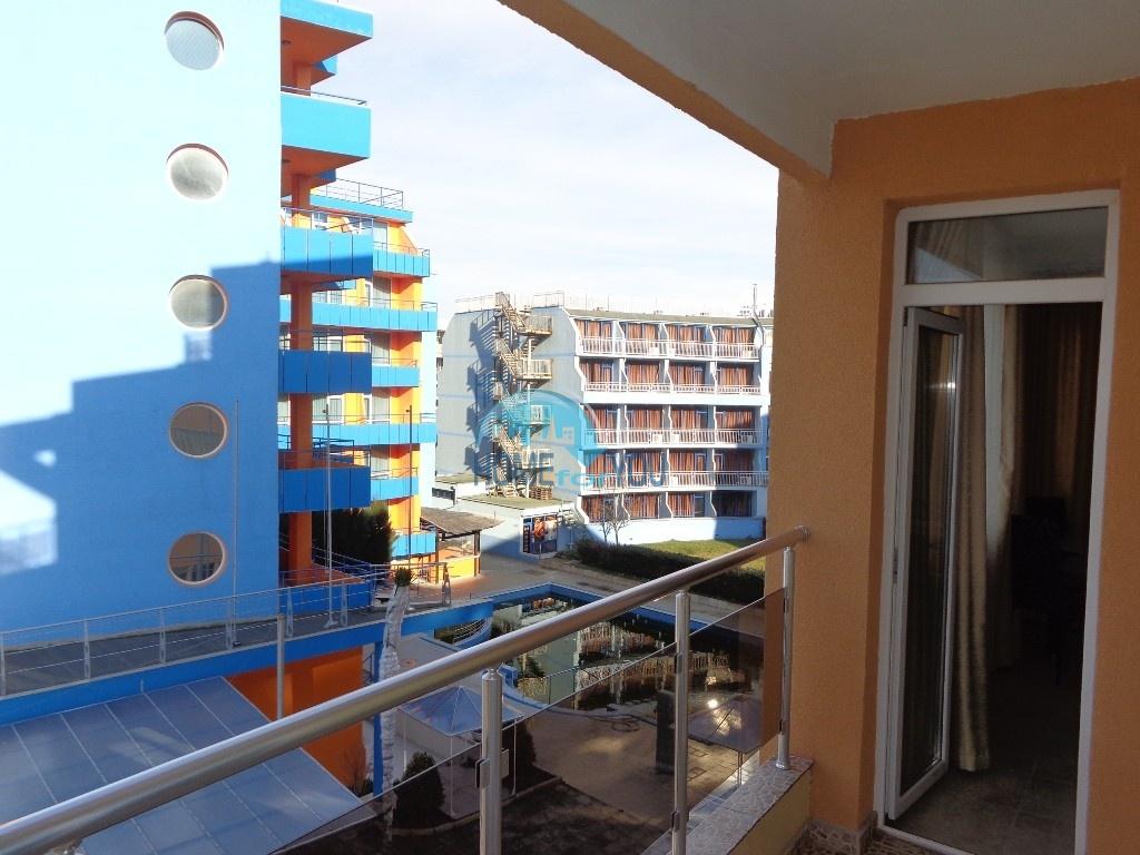 Двухкомнатная квартира в центре курорта Солнечный берег - недорого 14