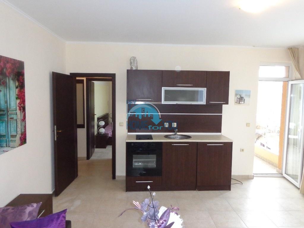 Двухкомнатная квартира в центре курорта Солнечный берег - недорого 3