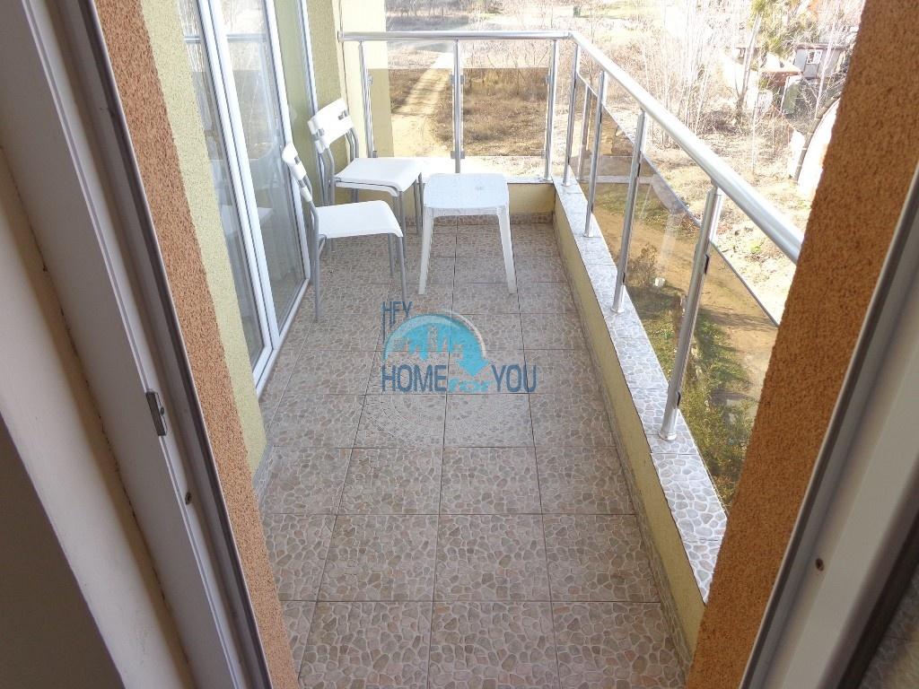 Двухкомнатная квартира в центре курорта Солнечный берег - недорого 16