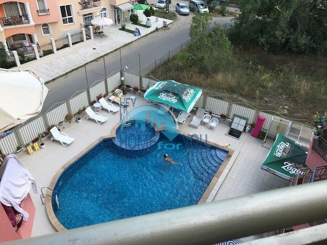 Двухкомнатная квартира в курорте Солнечный берег по недорогой цене 8
