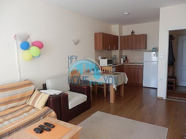 Двухкомнатная квартира на Солнечном берегу - 150 метров от пляжа