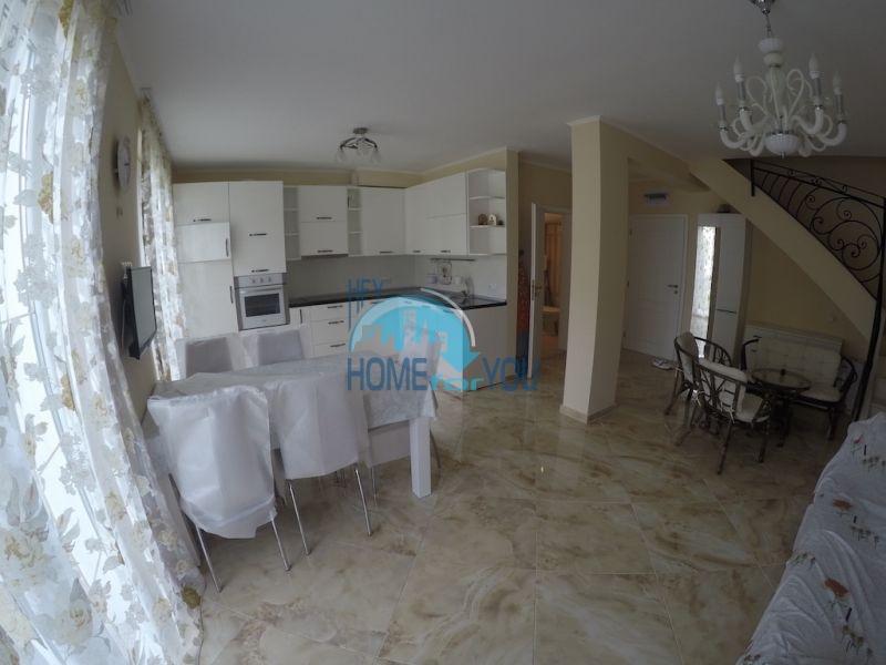 Элитный таунхаус с двумя спальнями в комплексе класса Люкс на Солнечном берегу 12