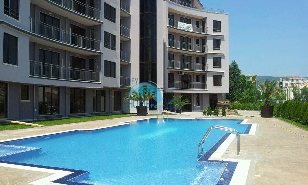 Просторные и светлые апартаменты на курорте Солнечный берег по доступным ценам, комплекс VIP CLASSIC 14