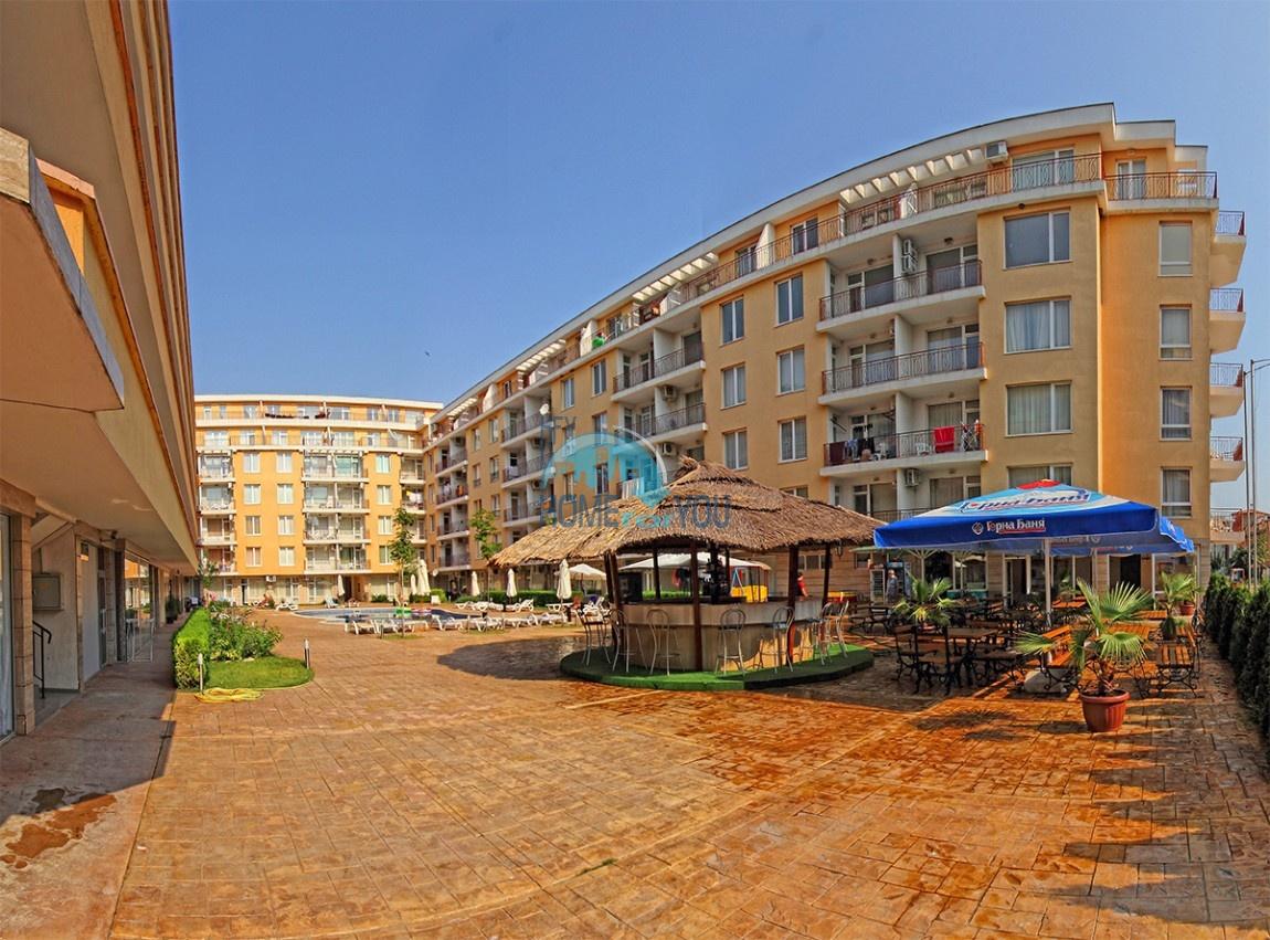 Меблированная двухкомнатная квартира на Солнечном берегу, комплекс Санни Дэй 2