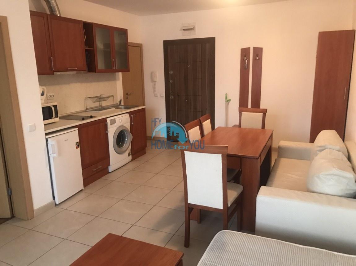 Меблированная двухкомнатная квартира на Солнечном берегу