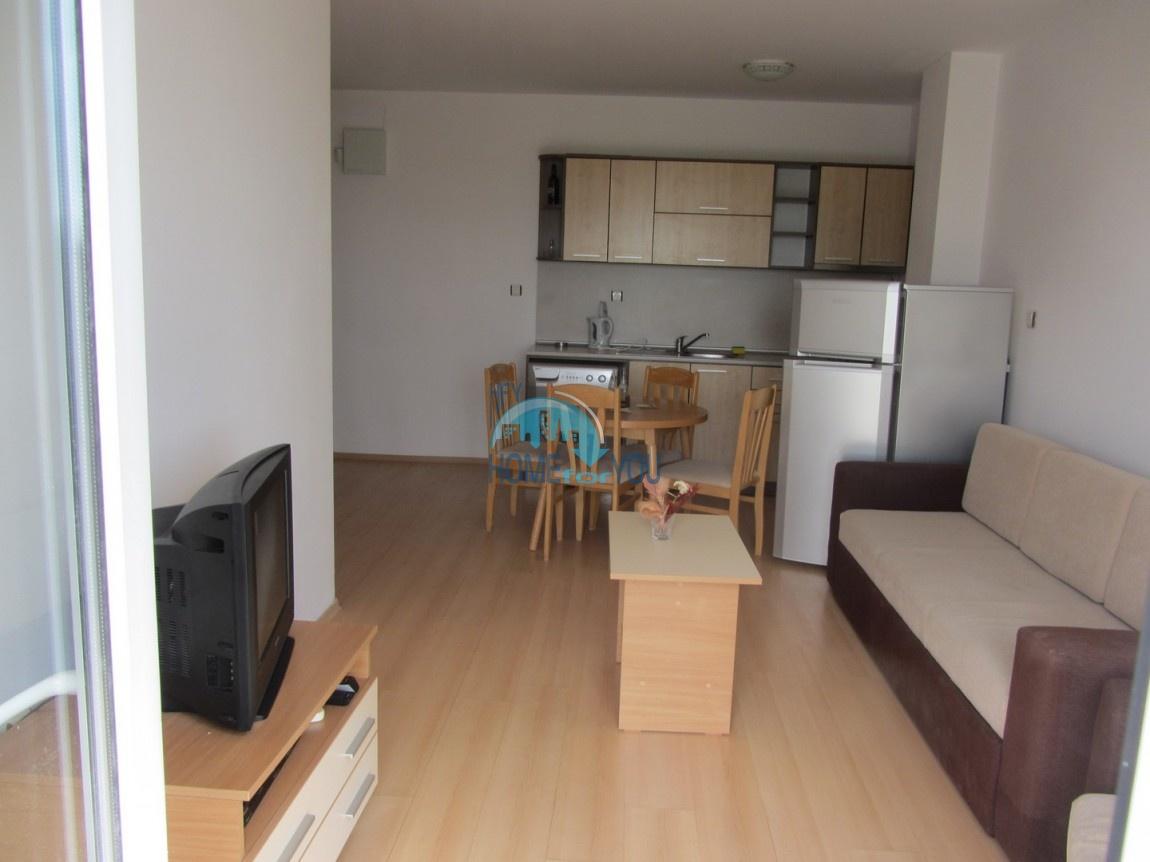 Меблированная двухкомнатная квартира по выгодной цене, Солнечный берег