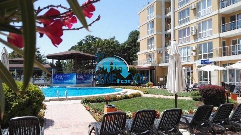 Простора повністю мебльована студія в самому центрі курорту Сонячний Берег, комплекс Flores Park1442
