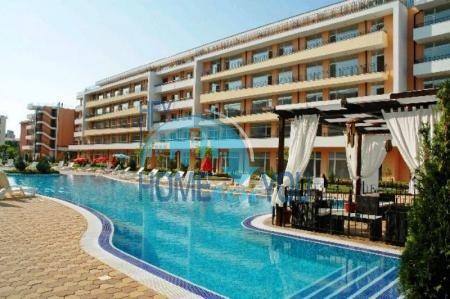 Меблированная квартира в отличном комплексе на курорте Солнечный берег