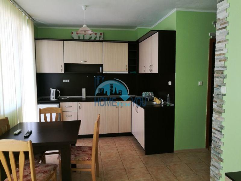 Меблированная недорогая двухкомнатная квартира на Солнечном берегу
