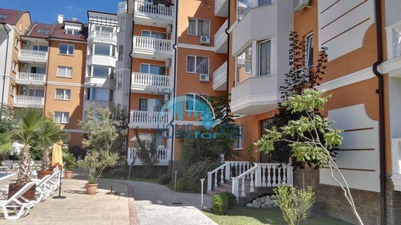 Недорогая четырехкомнатная квартира на Солнечном берегу 21