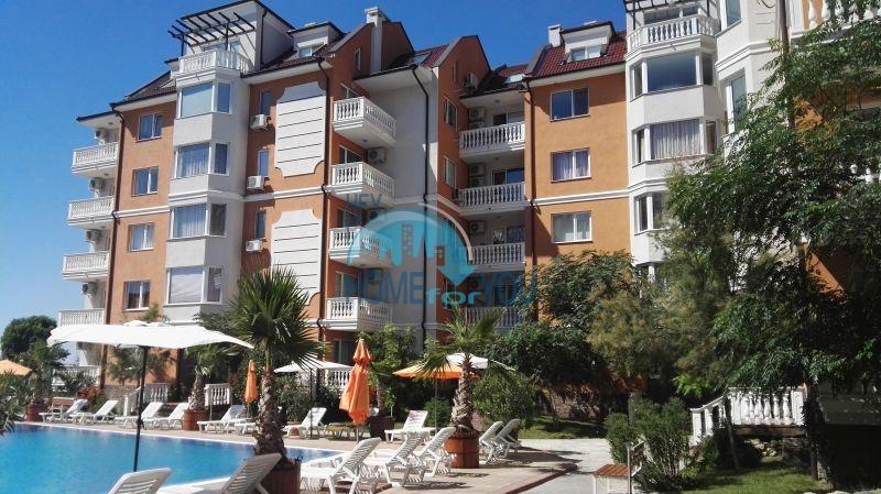 Недорогая четырехкомнатная квартира на Солнечном берегу 24