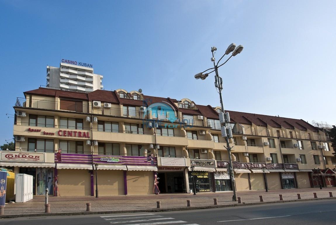 Двухкомнатная квартира в центре курорта Солнечный берег