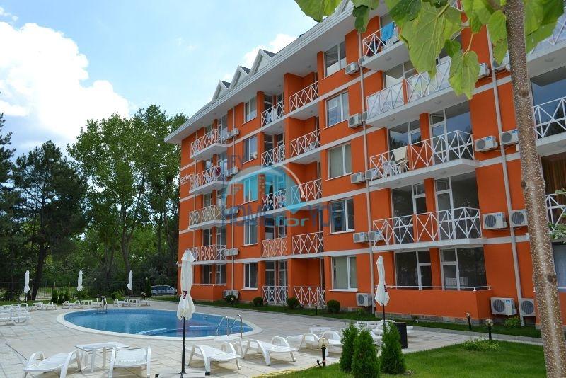 Недорогая квартира в жилом комплексе в КК Солнечный берег 11