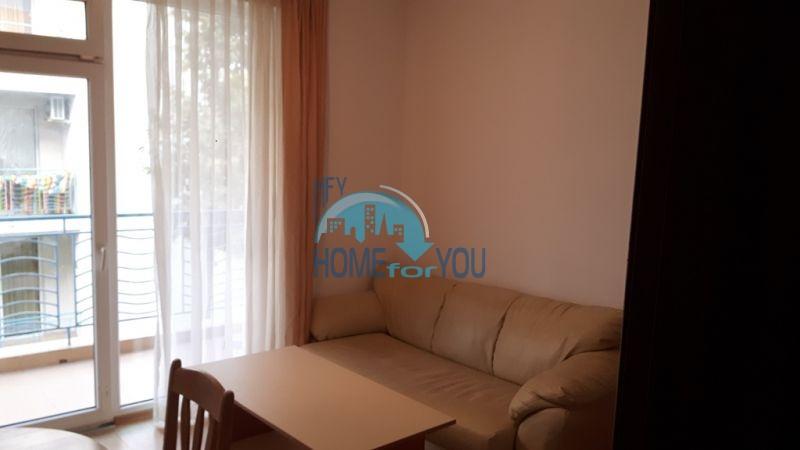 Недорогая уютная трехкомнатная квартира с мебелью - Солнечный берег 3