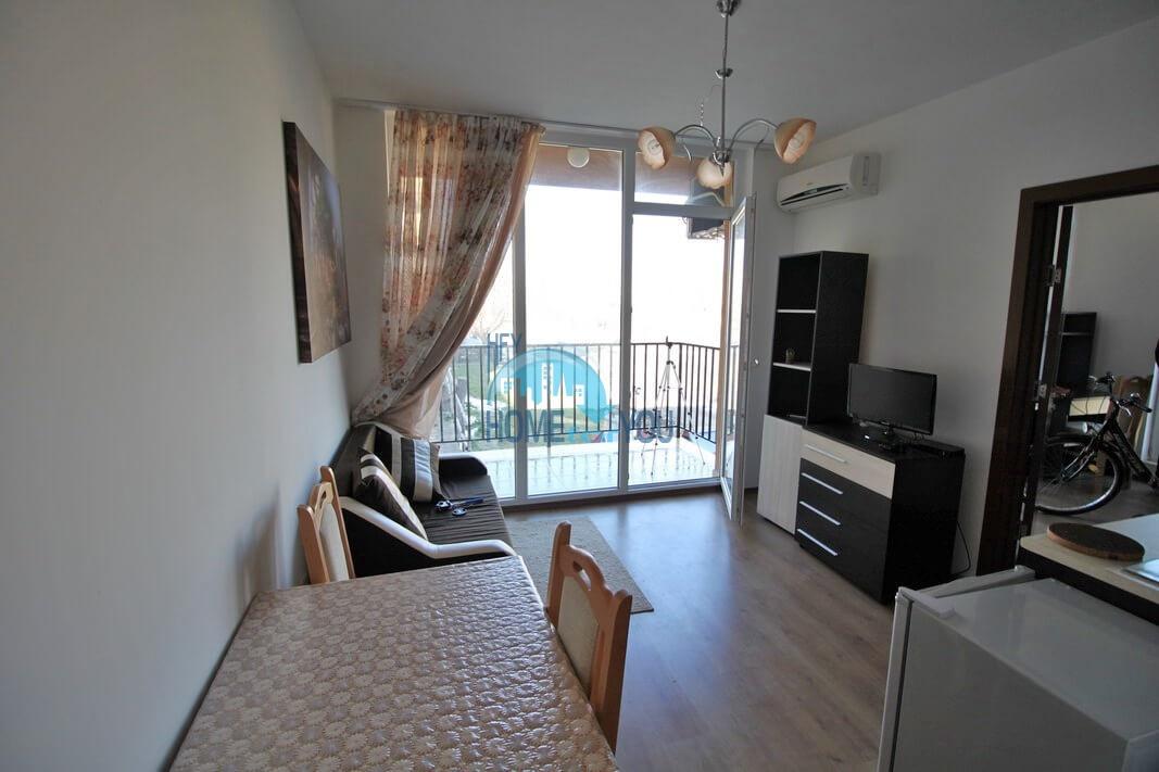 Новая двухкомнатная квартира на курорте Солнечный Берег