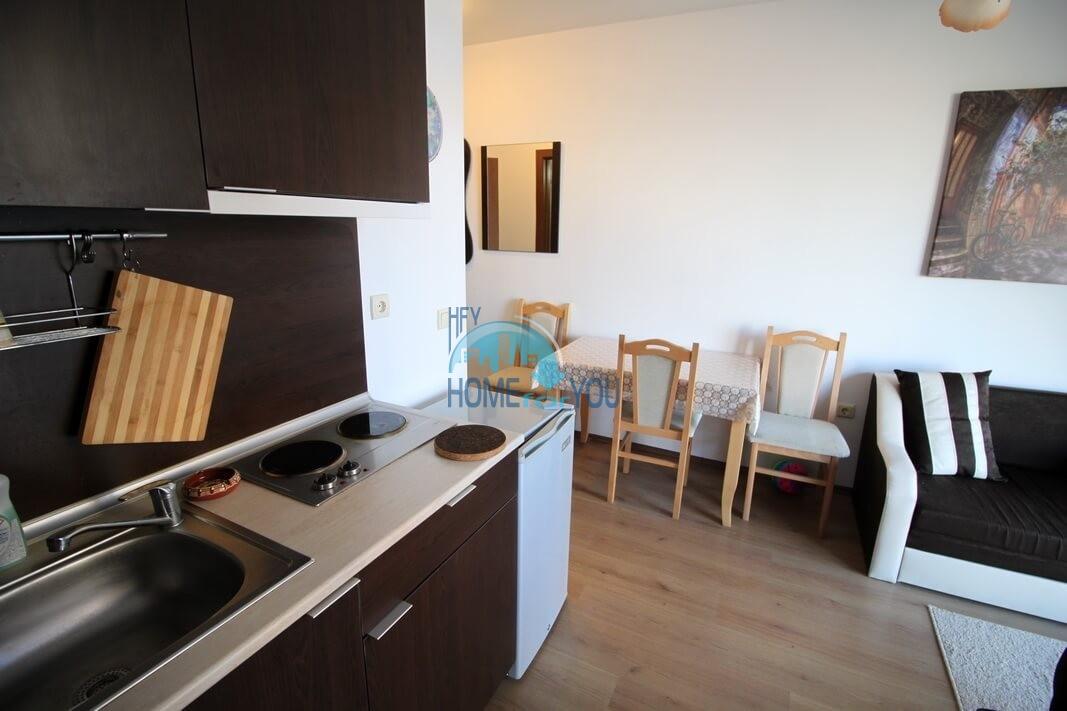 Новая двухкомнатная квартира на курорте Солнечный Берег 4