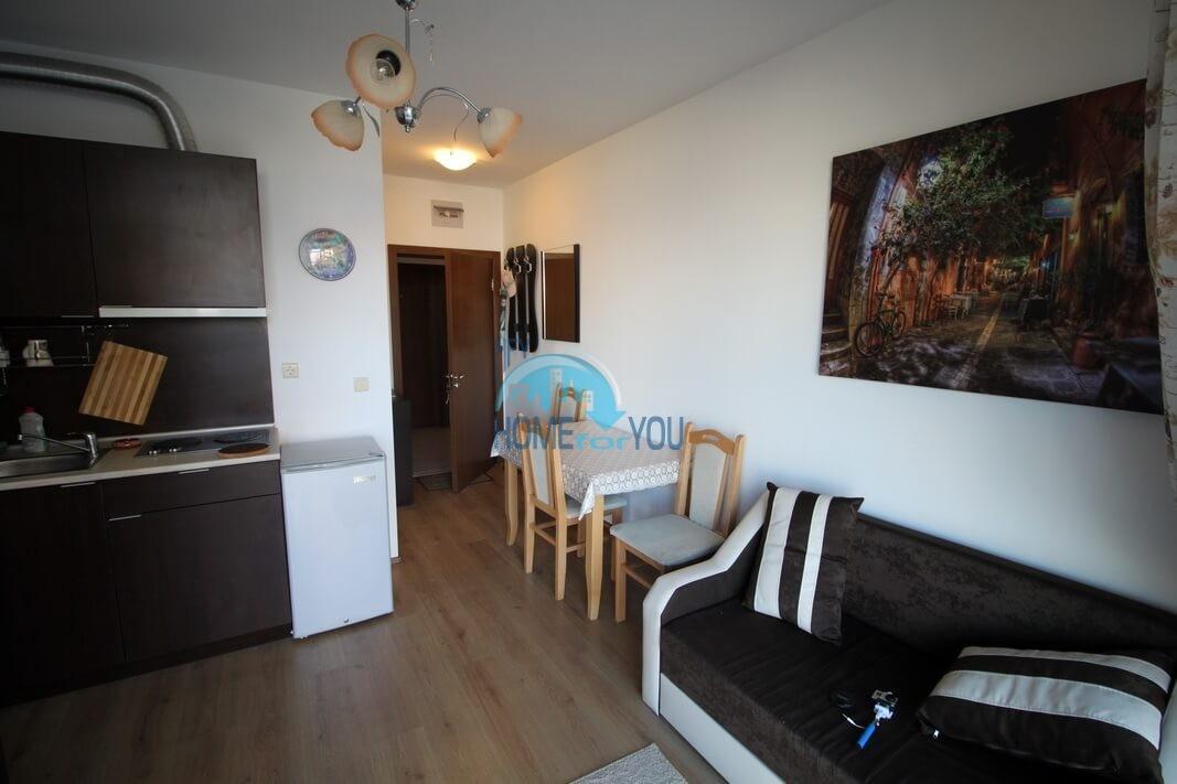 Новая двухкомнатная квартира на курорте Солнечный Берег 5