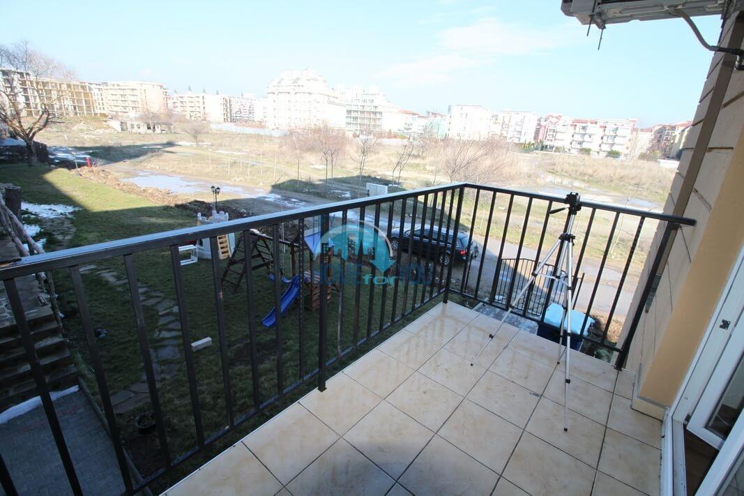 Новая двухкомнатная квартира на курорте Солнечный Берег 12