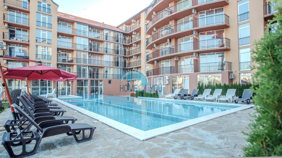 Новая двухкомнатная квартира на курорте Солнечный Берег 13
