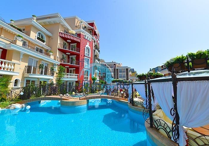 Новая двухкомнатная квартира в комплексе Месембрия Ризорт на Солнечном берегу