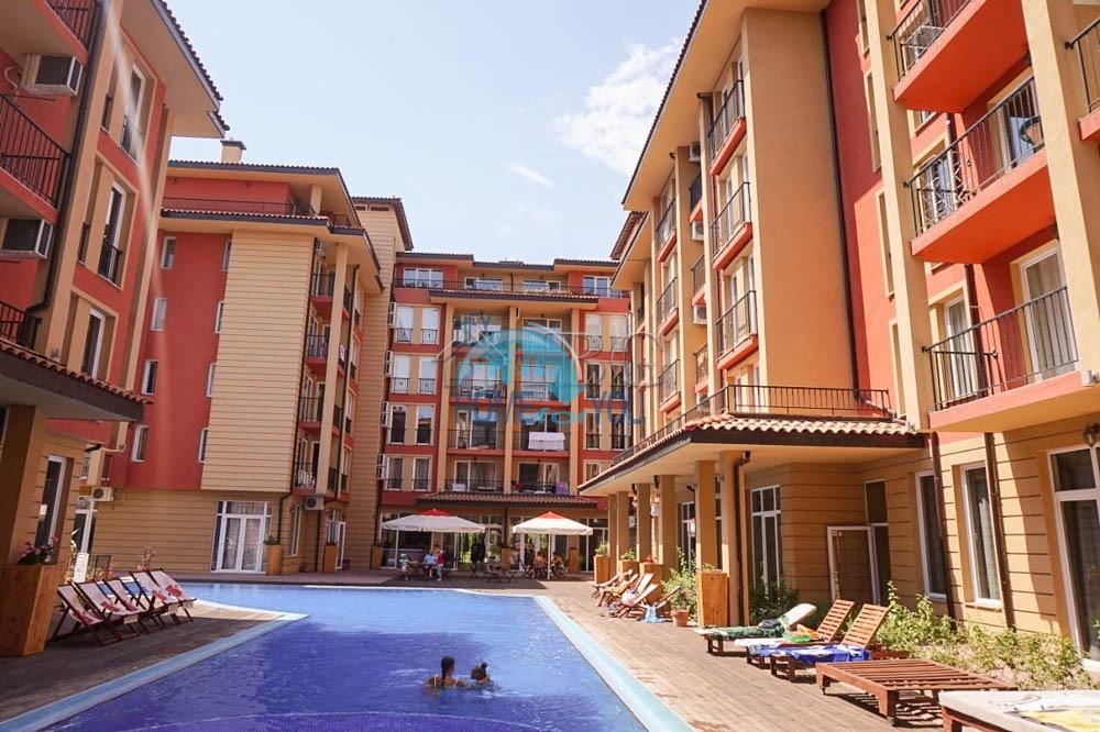 Новая двухкомнатная квартира в комплексе Санни Вью Централ, Солнечный берег