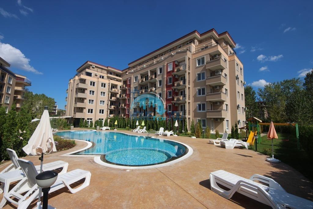Новая трехкомнатная квартира на Солнечном берегу