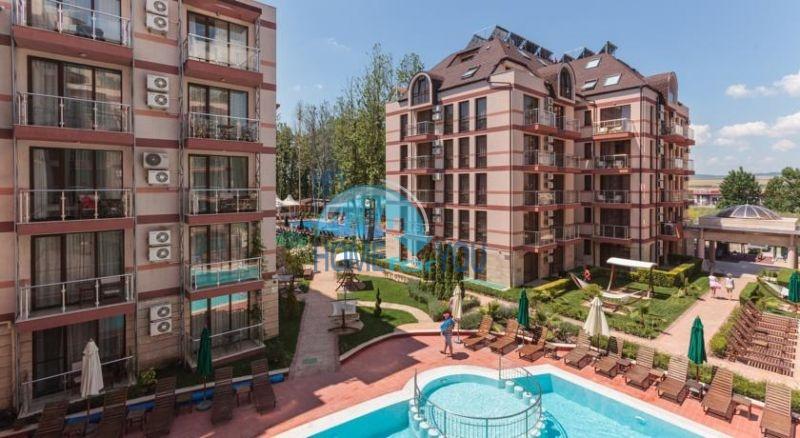 Отличная двухкомнатная квартира на курорте Солнечный берег