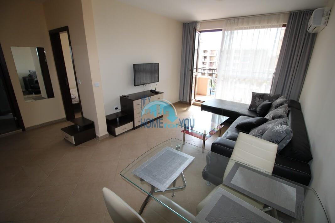 Отличная двухкомнатная квартира в комплексе Каскадас, Солнечный берег