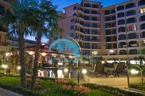 Отличная квартира в 80 метрах от пляжа на Солнечном берегу