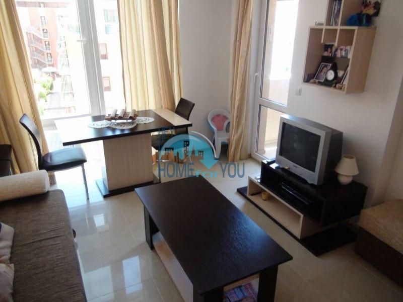 Отличная квартира с двумя спальнями в комплексе на Солнечном берегу 2