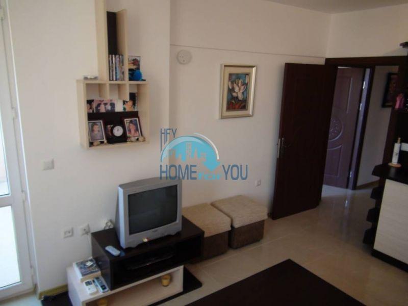 Отличная квартира с двумя спальнями в комплексе на Солнечном берегу 3