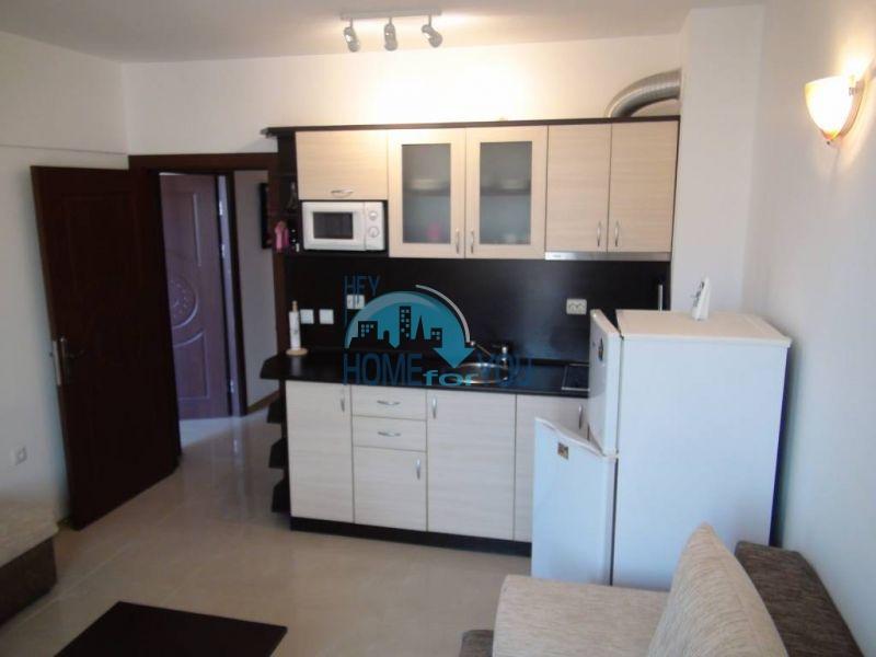 Отличная квартира с двумя спальнями в комплексе на Солнечном берегу 5