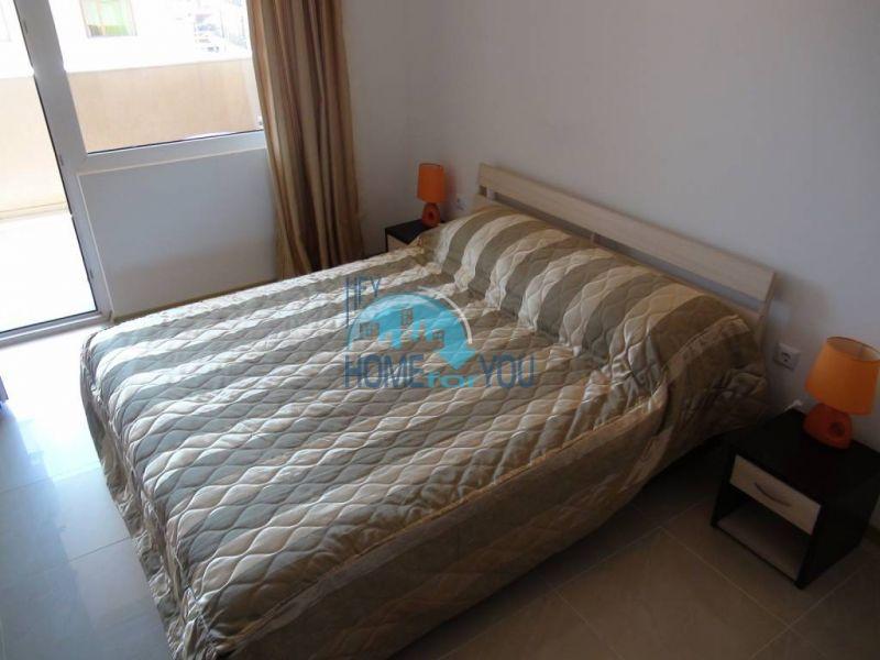 Отличная квартира с двумя спальнями в комплексе на Солнечном берегу 10