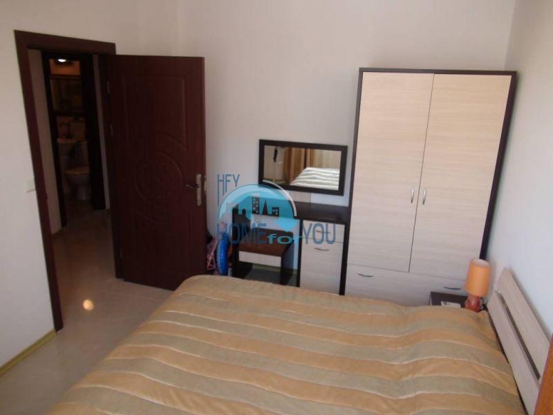 Отличная квартира с двумя спальнями в комплексе на Солнечном берегу 12