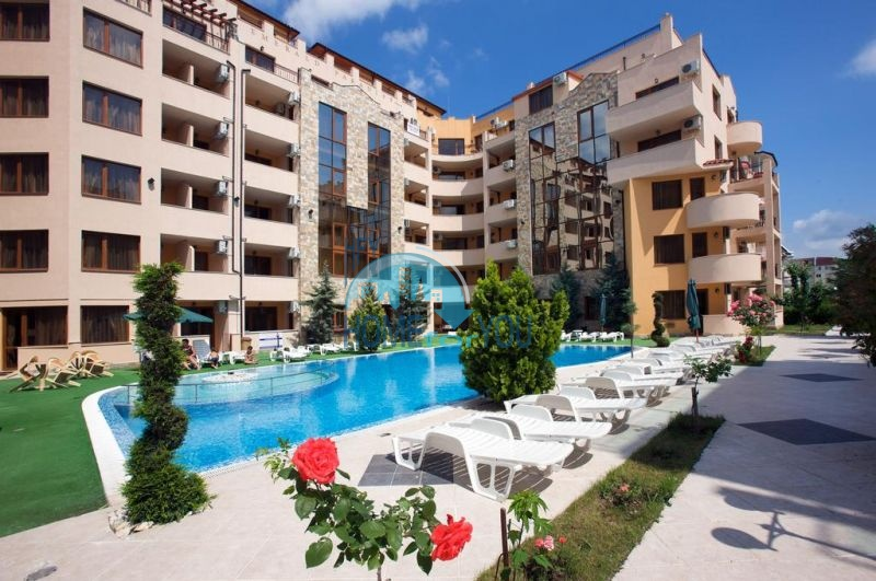 Отличная квартира с двумя спальнями в комплексе на Солнечном берегу 18