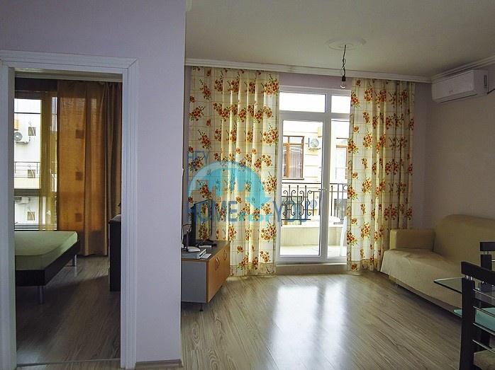 Новая высококачественная квартира с мебелью на Солнечном берегу 3