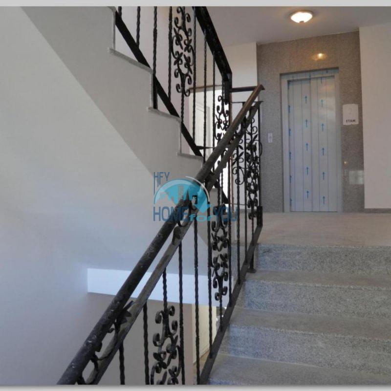 Продаются недорогие квартиры на Солнечном берегу 8