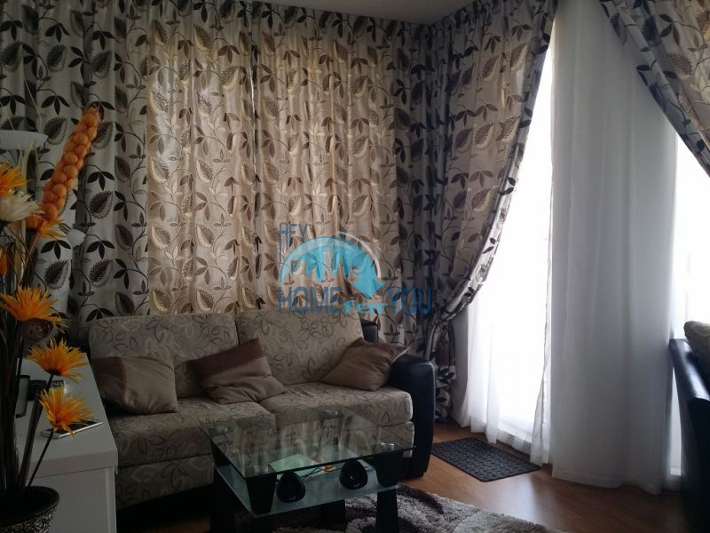 Уютная двухкомнатная квартира в элитном комплексе в центре курорта 4