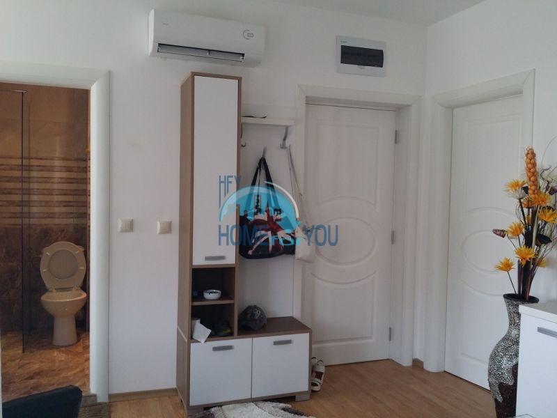 Уютная двухкомнатная квартира в элитном комплексе в центре курорта 6