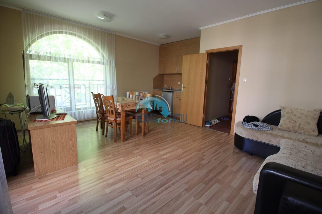 Просторная двухкомнатная квартира в комплексе Пасифик 2, Солнечный берег