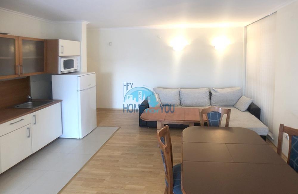 Просторная, меблированная двухкомнатная квартира на Солнечном берегу