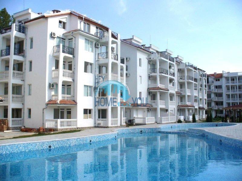 Солнечная двухкомнатная квартира по выгодной цене на Солнечном берегу