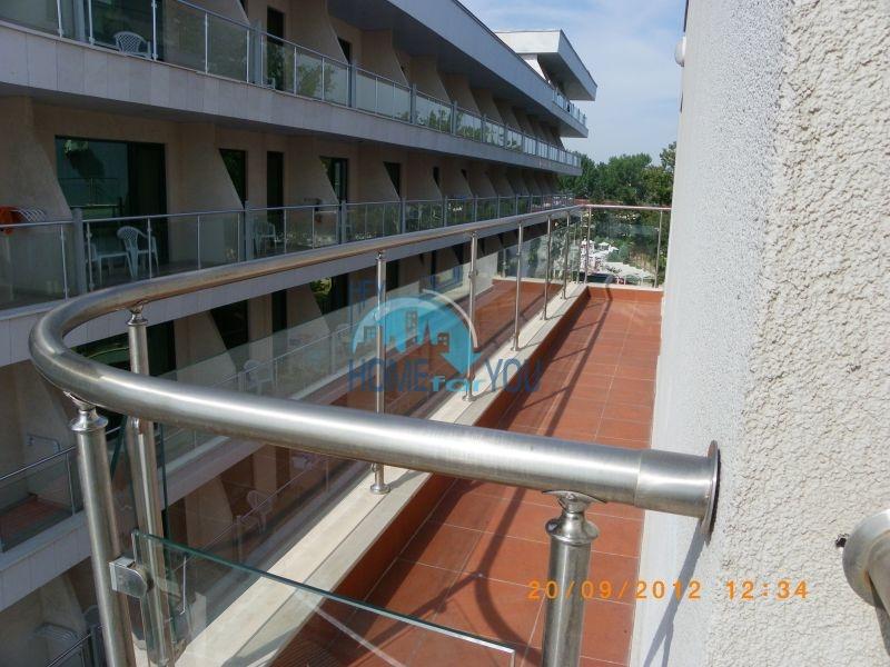 Трехкомнатная квартира на первой линии с видом на море 3