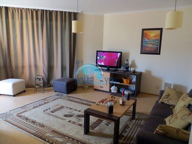 Двухкомнатная квартира на первой линии с видом на море в престижном комплексе Маджестик